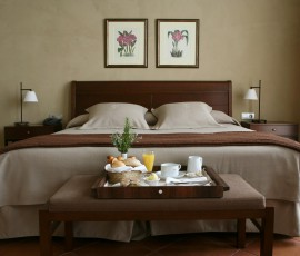 (3)08-01-hotel-bremon-cardona-junior-suite