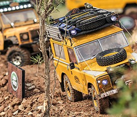 land_rover_party_2017_rc-crawler_