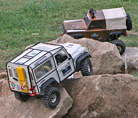 land_rover_party_rc-crawler_2