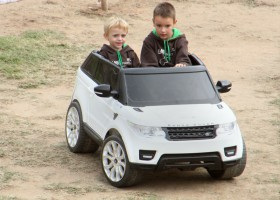 Land Rover Party - Famosa 5